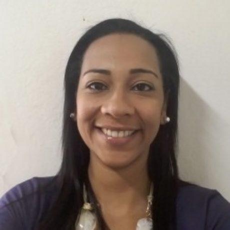 Profa. Aline Galdeano Silva Mello